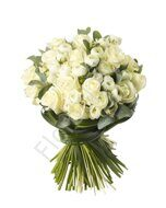 White bouquet of ranunculuses and roses