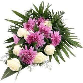 Chrysanthemum sympathy bouquet