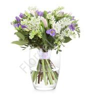 Spring bouquet with lilac