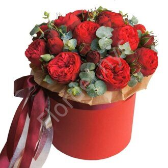 Red piano rose box