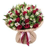 Bouquet of roses and alstroemerias