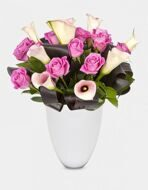 Bouquet of callas and pink roses