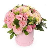 Box with roses and dianthus
