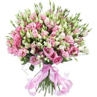 Bouquet of pink lisianthus