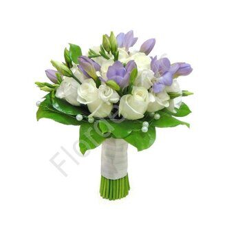 Roses with purple freesia