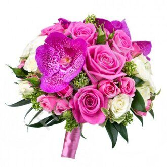 Magenta bridal bouquet