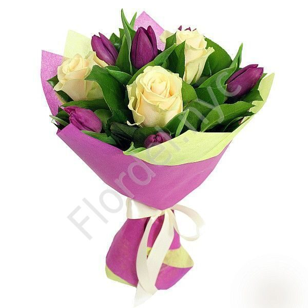 Bouquet with roses and tulips