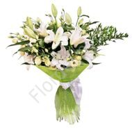 Bouquet with lilies and eustoma
