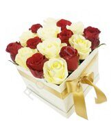 Red-white preserved rose's box