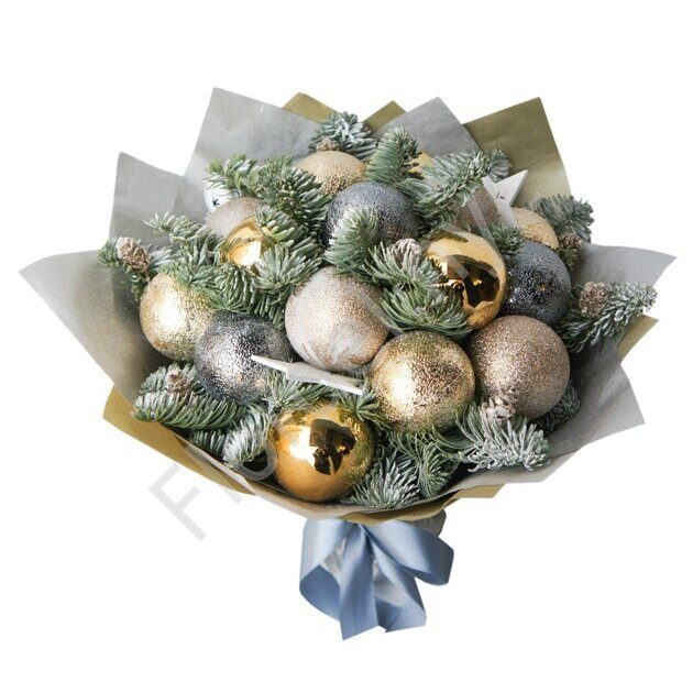Bouquet of Christmas balls