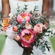 Bridal bouquet with peonies and roses of David Austin