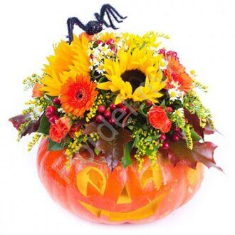 Halloween bouquet with sunflowers