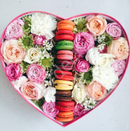 Heart shaped box with macarons