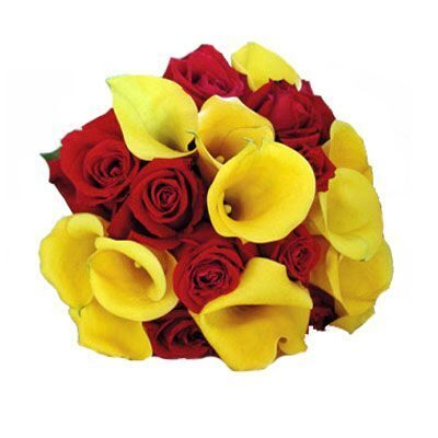 Bouquet of callas and red roses