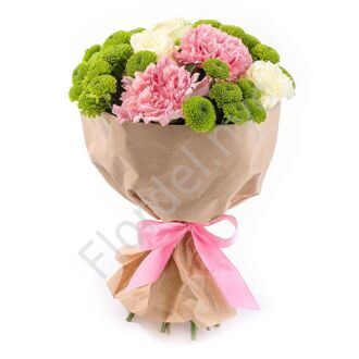 Bouquet with chrysanthemums and dianthus