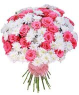 Bouquet of white chrysanthemums and pink roses