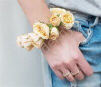 Spray rose bracelet