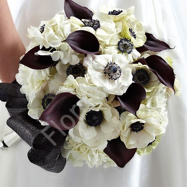 Deluxe package - Bridal bouquet with callas and anemones