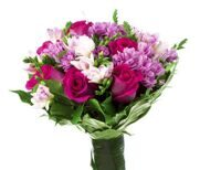 Bouquet of roses and pink chrysanthemums