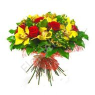 Bouquet of roses and yellow orchids