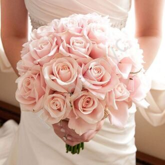 Bridal bouquet with pink roses (1)